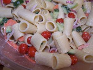 Easy Rigatoni Pasta Salad