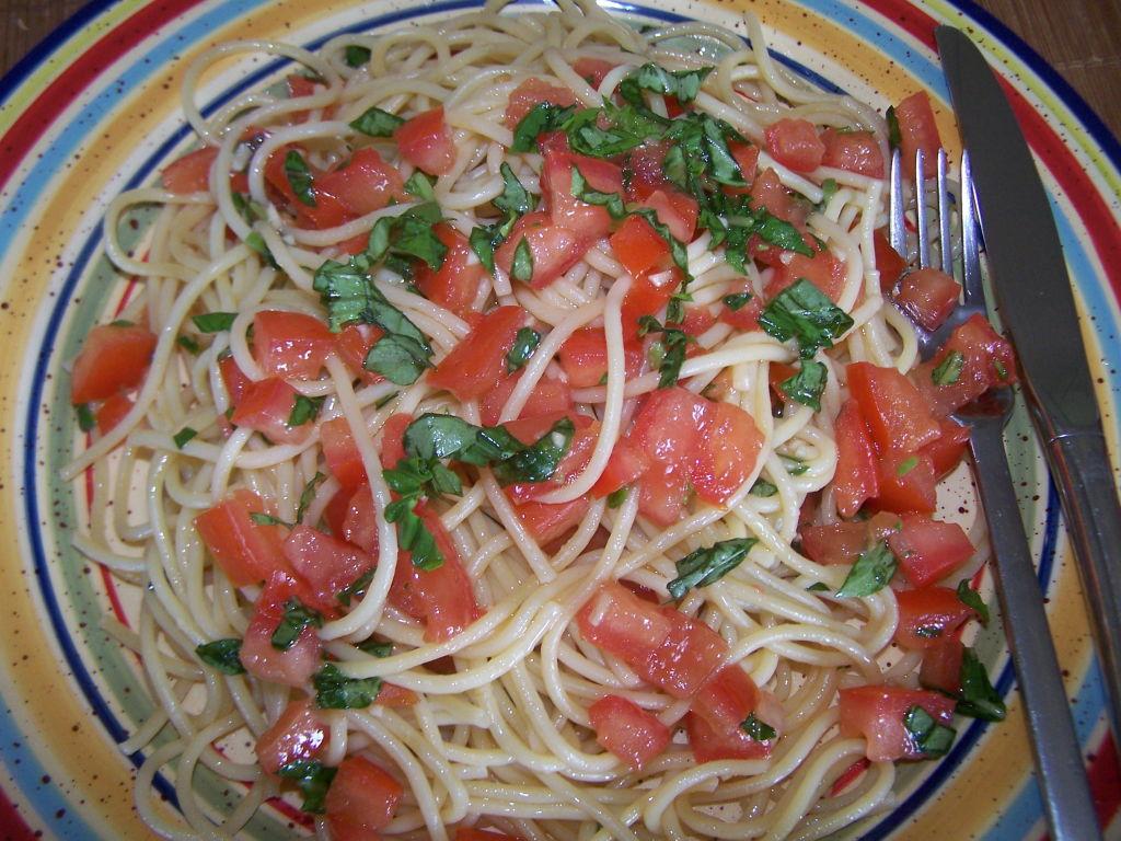 Spaghetti, Tomatoes & Basil
