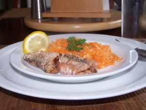 Calories Sardines – Carrot, Onion & Sardine Salad