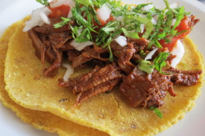 Tacos de Birria de Res