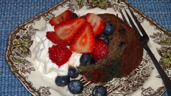 Blueberry cake with berries