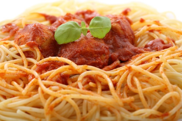 chicken meatballs with spaghetti-closeup
