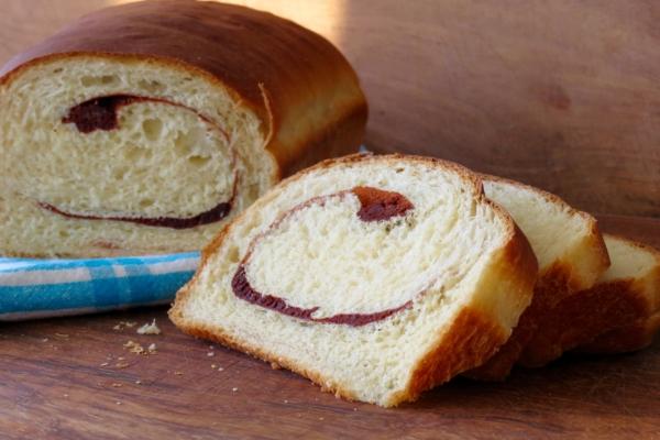 cinnamon-swirl-bread-2