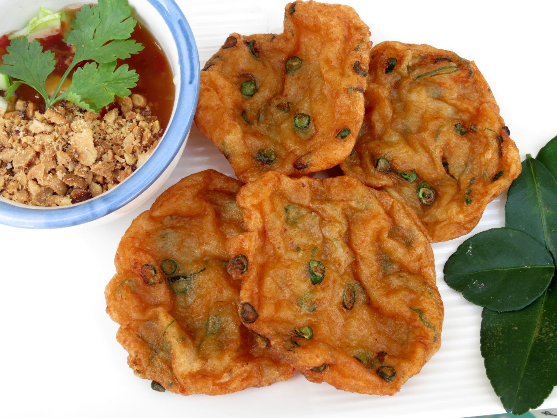 Fish cake recipe authentic thai the frugal chef for Fish cake recipe