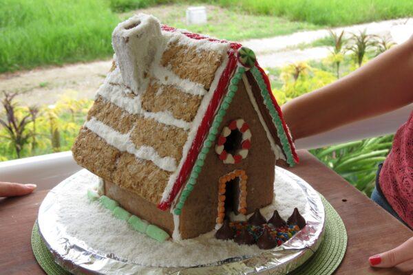 Ginger Bread House 2