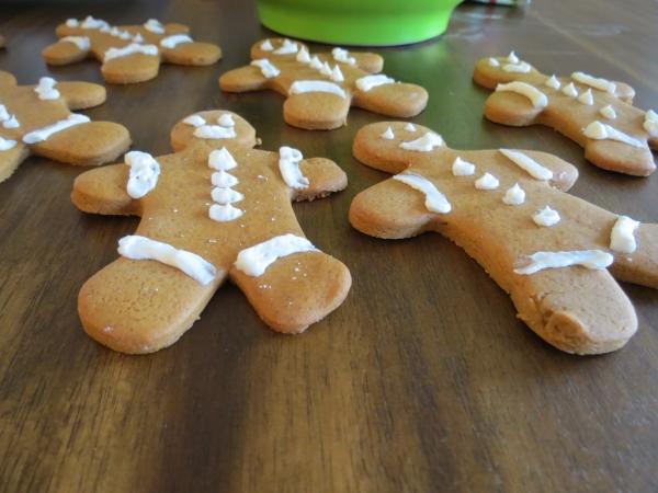 Gingerbread Cookies, Orzo Salad, Xmas Cookies 012
