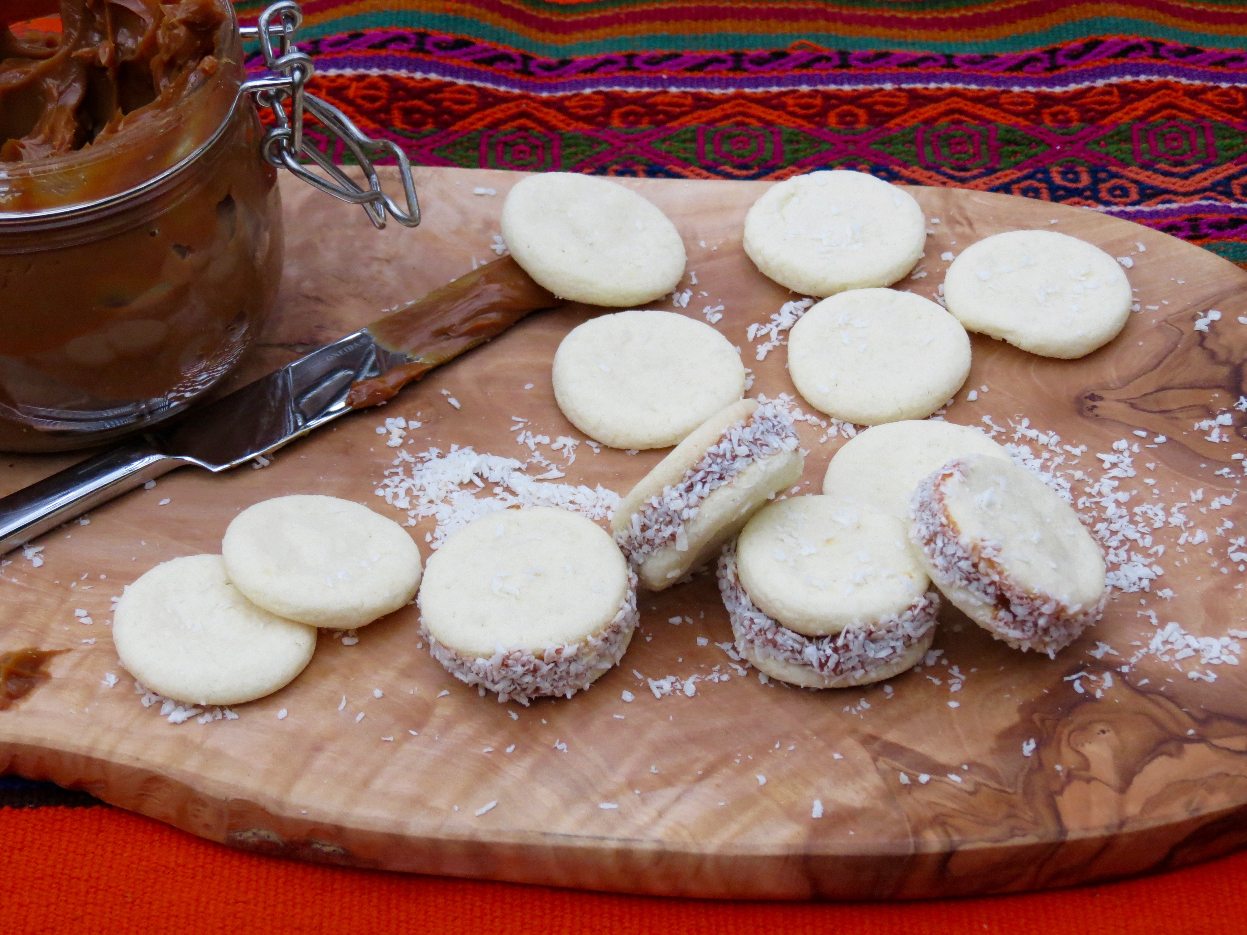 Sour cream coffee cake the frugal chef - Shrimp Ceviche Tostadas Alfajores Cookies