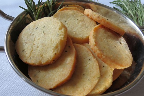Parmesan Crackers 2