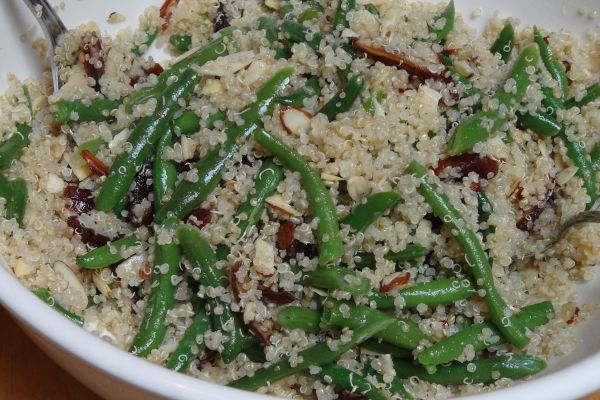 Quinoa Salad with Green Beans, Almonds and Dates - The Frugal Chef