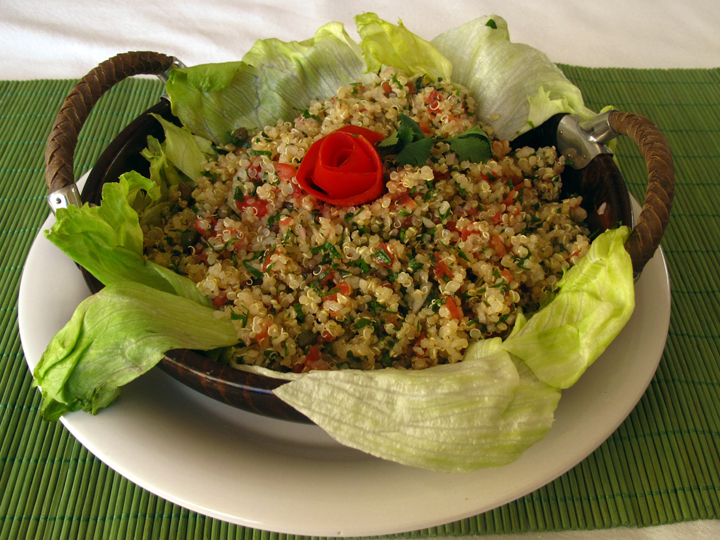 Quinoa Salad with Tomatoes & Capers